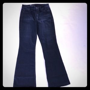5/$20 Hot in Hollywood Stretch bootcut Jeans 27""
